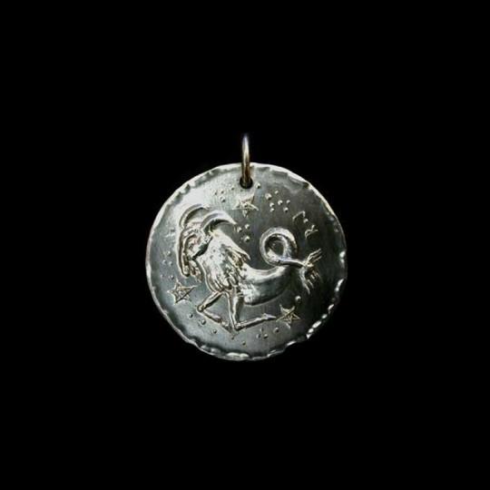 pendentif zodiaque capricorne
