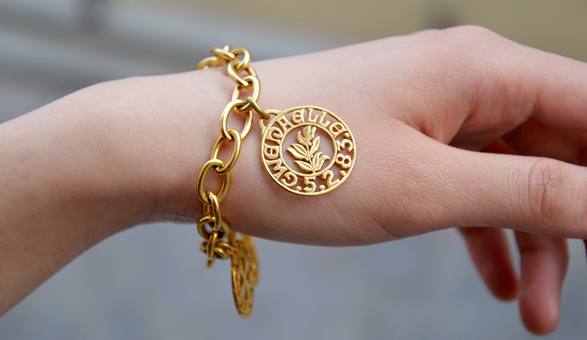 bracelet or massif solid gold paris