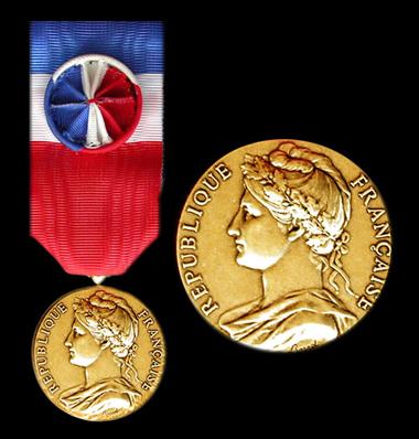 Medaille officielle d'honneur du travail 30 ans